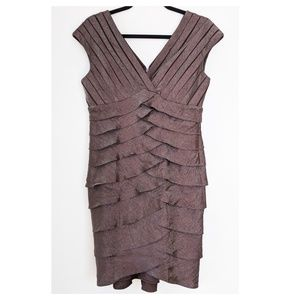 ADRIANNA PAPELL Brown Shutter Pleat Dress 10
